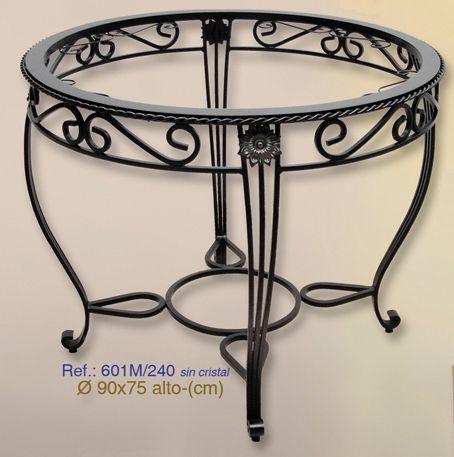 mesa en acero forjado
