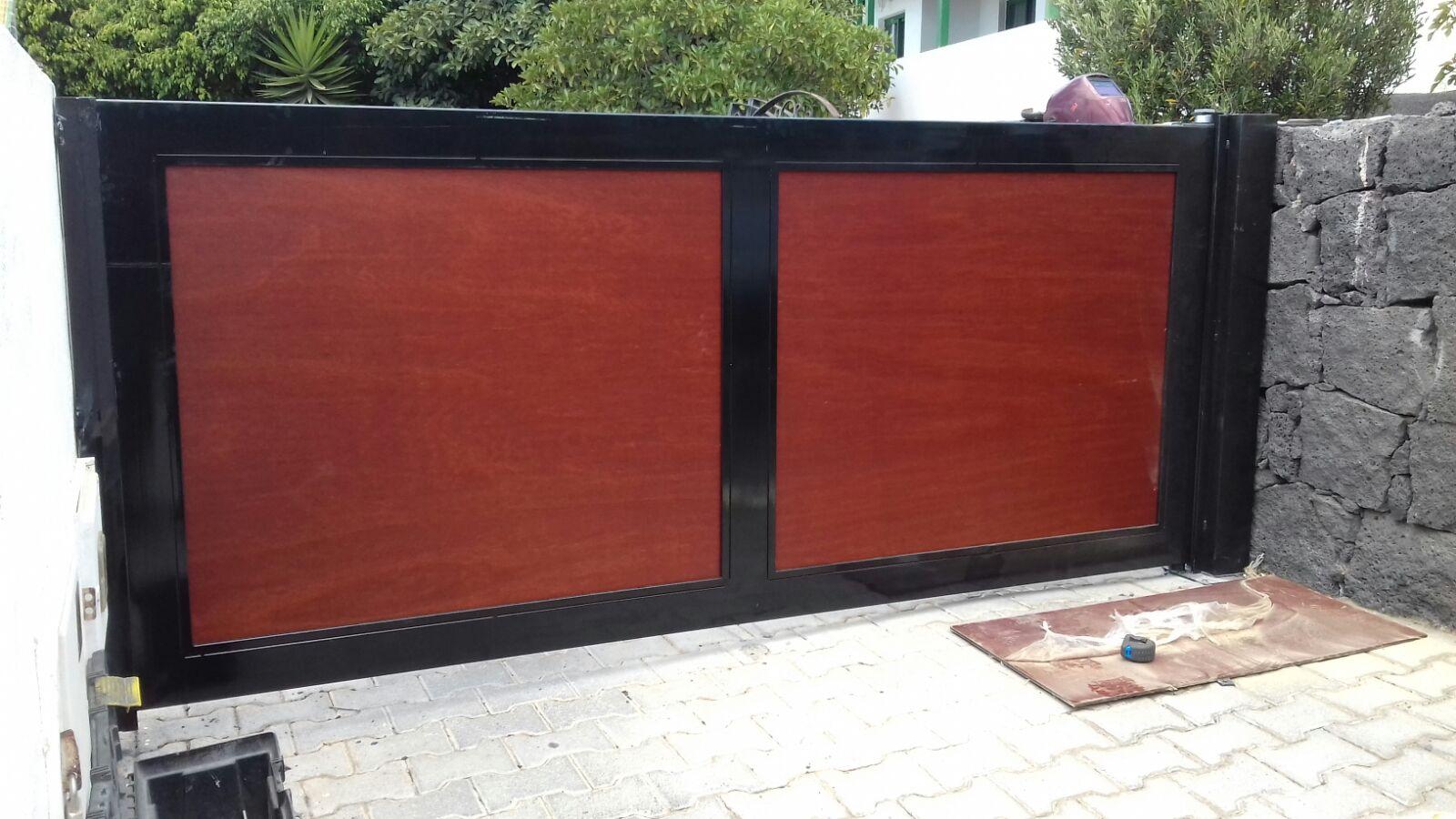 Reparar puerta de madera reparar araazos de la madera - Reparar madera ...